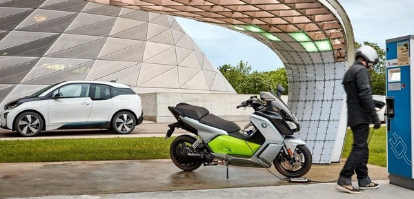 Мопед BMW C Evolution на электричестве
